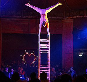 Sergey Kapranov chair circus