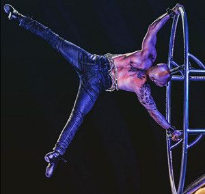 Circus performer Mathieu Bolillo