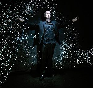 Till Poehlmann led light artist