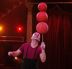 Juggler Ivan Radev